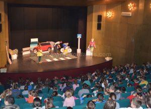 """У Приједорском позоришту одиграна је едукативна представа """"Мирка"""""""