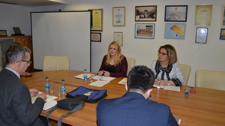 Укључити омладинске организације у пројекте подршке безбједности у саобраћају